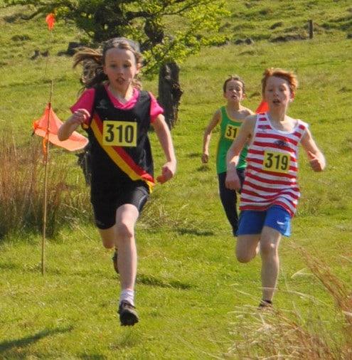 saddleworth fell race