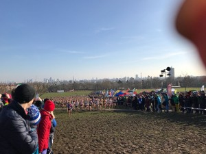 Women's Senior race start (c) Colette Cooke